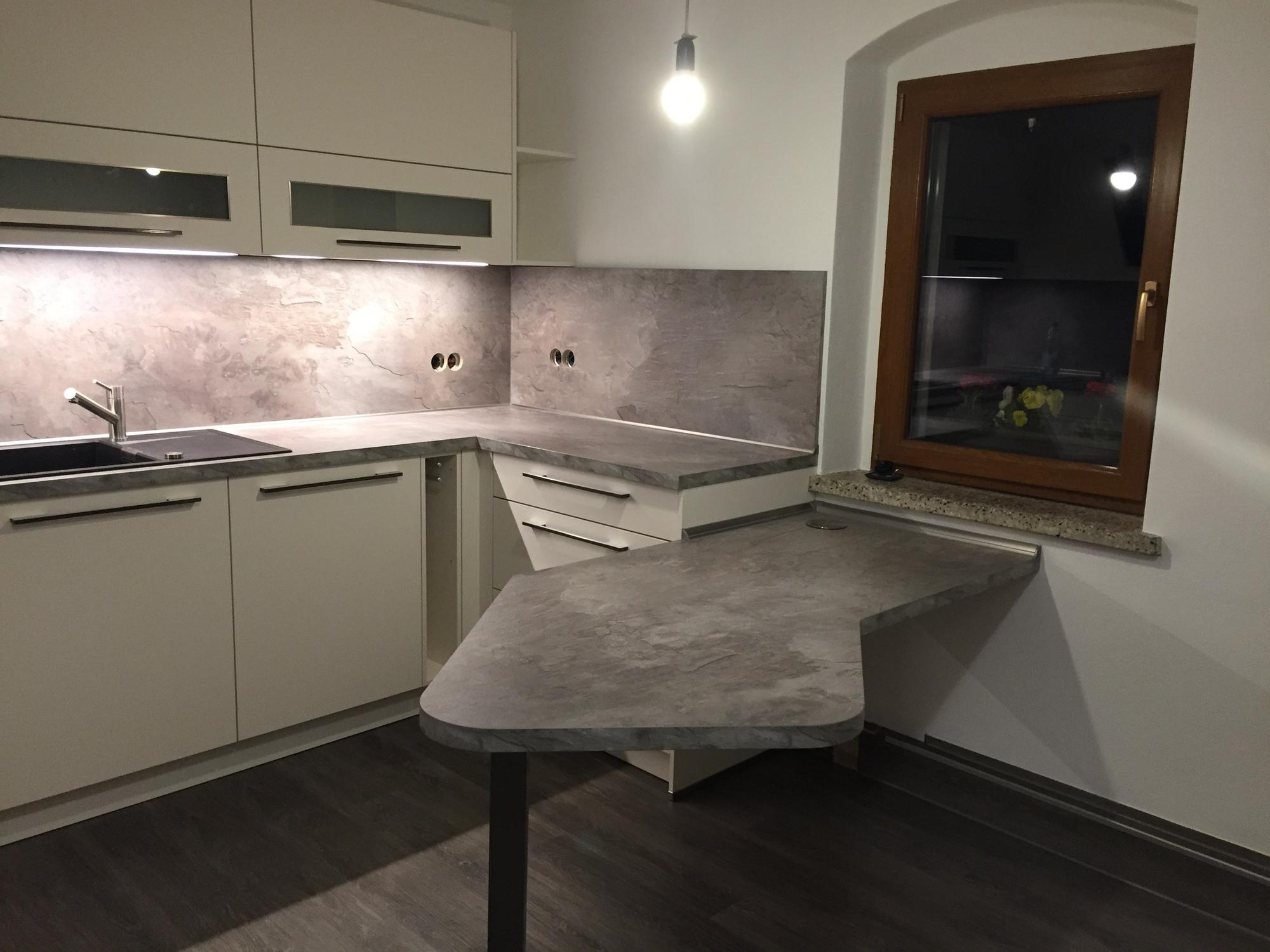 Küche neu und effektiver gestaltet - Gutsmann Küchen - Bauplanungen.de